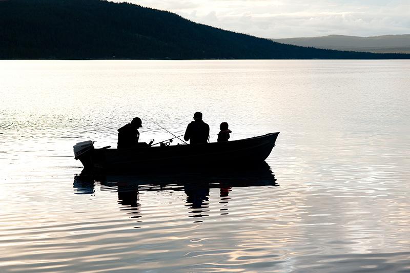 mennesker-vann-fiske1